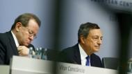 EZB pumpt länger billiges Geld in die Bankenbranche