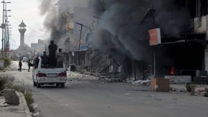 Milizen plündern Tikrit nach Sieg gegen IS
