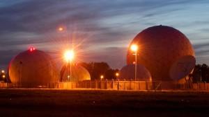 Mehrheit der Deutschen findet Kooperation von BND und NSA richtig
