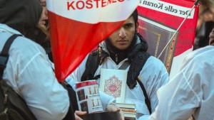 Mehr Extremisten in Deutschland