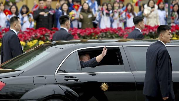 Woher bekommt Kim Jong-un seine Luxusautos?