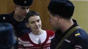 Sawtschenko setzt Hungerstreik fort