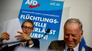 Versuchen fast alles, um Merkel zu stürzen: Die AfD-Spitzenkandidaten Weidel und Gauland.