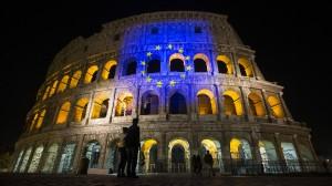 60 Jahre Römische Verträge: Die Flagge der Europäischen Union wird auf das Kolosseum in Rom projiziert.