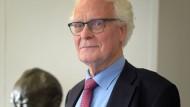 Erregt Aufsehen: Egbert Jahn,Politologe, schlägt vor, eigene Städte für Flüchtlinge zu bauen.