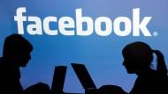 Immer mehr Menschen nutzen Facebook.