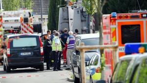 Siebenjähriger in Köln von Müllwagen überrollt und getötet