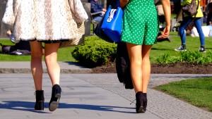 Frankreich empört über mutmaßlich sexistischen Angriff auf Studentin