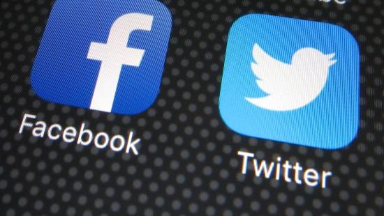 Bundesregierung droht Facebook und Co. mit Bußgeldern