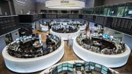 Gute Nachricht für Anleger: Es wird immer günstiger, Geld in börsengehandelte Fonds zu investieren.
