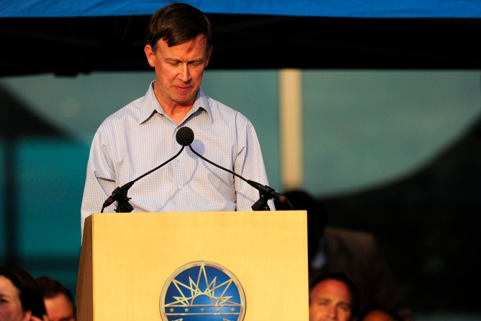 """""""Kein Problem von Colorado"""": Gouverneur John Hickenlooper hält die Waffengesetze für streng genug"""