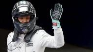 Nico Rosberg verweist Daniel Ricciardo auf Rang zwei.