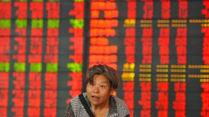 Chinas Zentralbank wertet Währung deutlich ab
