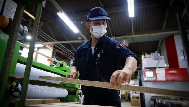 Abe hinterlässt ein stärkeres Japan