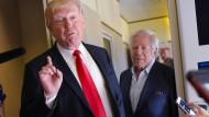 Nur noch 37 Prozent unterstützen Trumps Politik