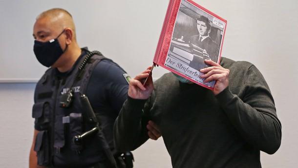 Zwölf Jahre Haft und Sicherungsverwahrung für Angeklagten