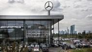 Weitblick: Vom neuen Mercedes-Center aus hat man die gesamte Frankfurter Skyline inklusive EZB im Blick.