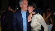 Verbündete Täter? Jeffrey Epstein und Ghislaine Maxwell 2005 in New York