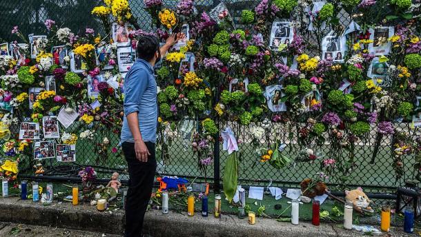 """""""Mauer der Hoffnung"""" spendet Angehörigen Mut"""
