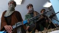 Ständige Bedrohung für die afghanischen Sicherheitskräfte: Kämpfer der radikalislamischen Taliban