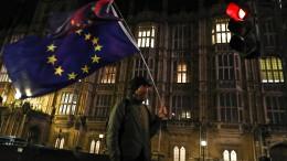 Unterhaus entscheidet über ungeordneten EU-Austritt