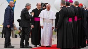 Papst Franziskus feiert in Schweden Reformationstag