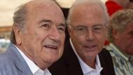 Mauschelei schlägt unternehmerische Finesse: Beckenbauer und Blatter sind bei Google angesagter als erfolgreiche Unternehmensführer.