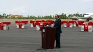 Aussichtsloser Kampf gegen die PKK: Präsident Erdogan gedenkt 2010 auf dem Flughafen in Van gefallener türkischer Soldaten