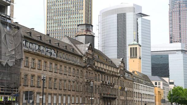 Immobilienmarkt Frankfurt Angebot sinkt, Preise steigen