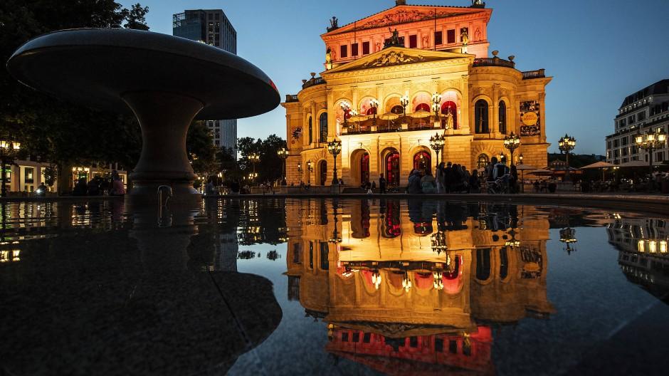 Die Alte Oper Frankfurt will die neue Spielzeit 2021/2022 mit einem Festival eröffnen.