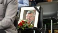 Mit einem Festumzug auf dem Hessentag in Bad Hersfeld wurde am Sonntag des ermordeten Kasseler Regierungspräsidenten Walter Lübcke (CDU) gedacht