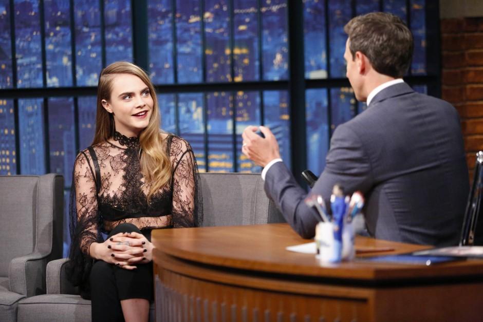 Cara als Gast: In der Late-Night-Show von Setz Meyers