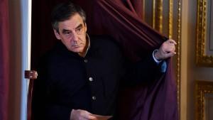 Frankreichs Ex-Premier Fillon gewinnt Stichwahl