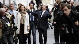 Hollande zum Präsidenten gewählt