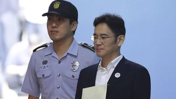 Fünf Jahre Haft für Samsung-Erbe Lee