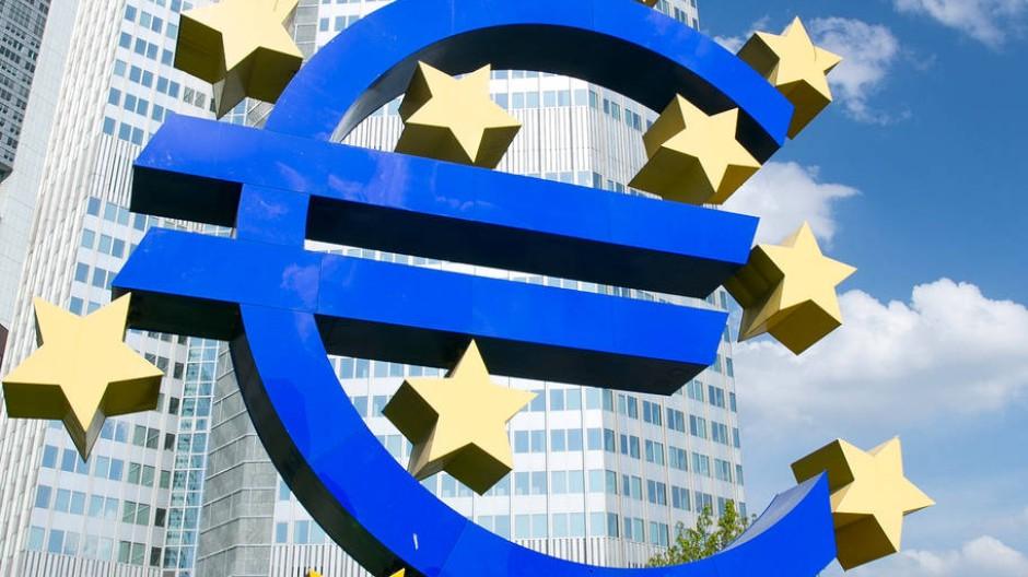 Euro-Skulptur: Hörls Zeichen der Zeit