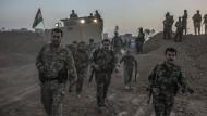 Kurdische Peschmerga-Truppen im Einsatz in der Nähe von Mossul.