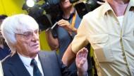 Ecclestone kauft sich mit 100 Millionen Dollar frei