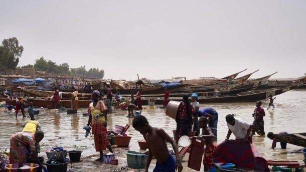 Fast 140 Tote bei neuen Angriffen auf Dörfer im Westen Nigers