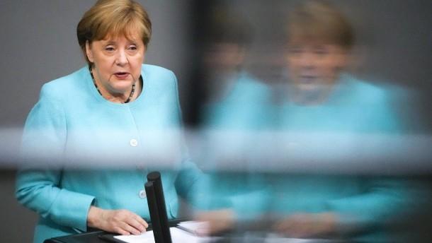 Merkel mahnt in Pandemie weiter zu Wachsamkeit