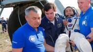 Sojus-Kapsel mit ISS-Besatzung gelandet