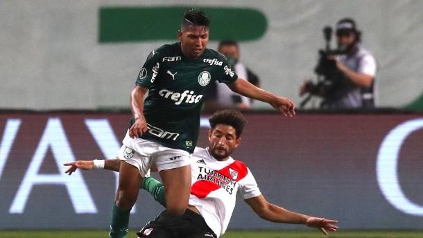 Palmeiras und Santos spielen um Copa Libertadores