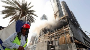 Feuer in Wolkenkratzer in Dubai ausgebrochen