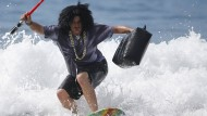 Surfer feiern Halloween