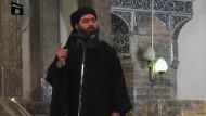 Auftritt von IS-Chef Abu Bakr al-Bagdadi in Mossul im Jahr 2014