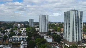 Fünf Hochhäuser in London werden evakuiert