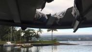 Loch im Dach: Hawaiianisches Ausflugsboot