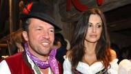 Ex-Fußballstar Lothar Matthäus ist nicht nur für seinen exorbitant guten Frauengeschmack bekannt ( hier zu sehen mit seiner Exfreundin Joanna Tuczynska). Auch sein scharfer Intellekt und sein exzentrischer Umgang mit Sprache machen öfter von sich reden.