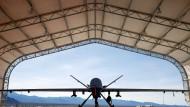 """Achtung, der """"Sensemann"""" kommt: Drohne des Typs """"Reaper"""" auf einer Militärbasis in Nevada."""