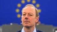 Besorgt und kampfeslustig: Martin Sonneborn